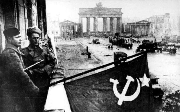 conquered-berlin-bundesarchiv-bild-183-r77767-cc-by-sa-3-0